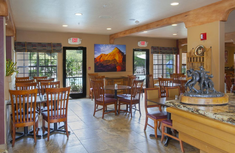 Dining at Sedona Real Inn & Suites.