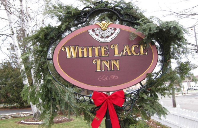Welcome to the White Lace Inn.