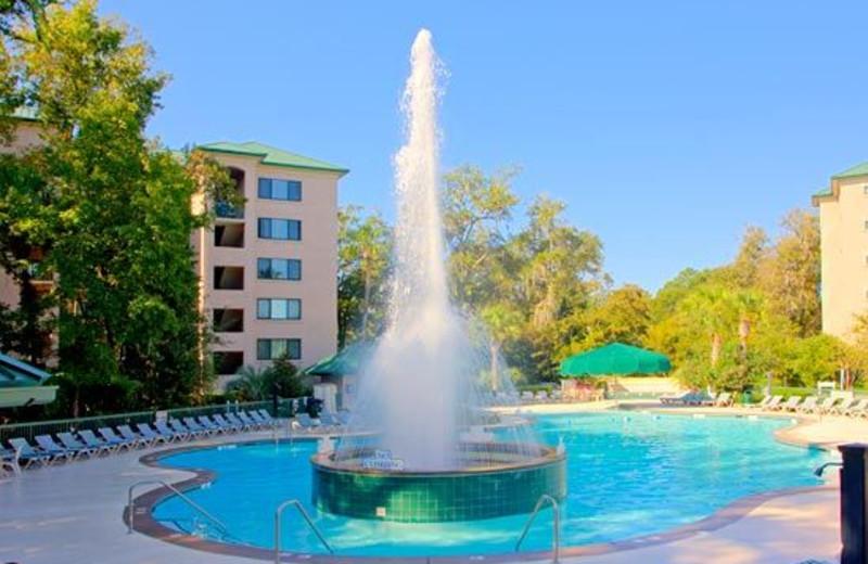 Pool Fountain at Waterside Resort