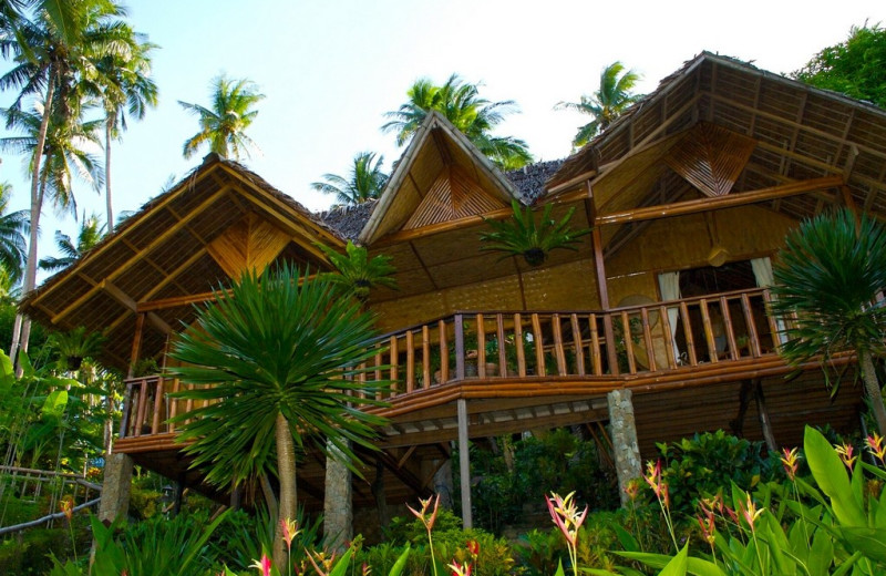 Exterior view of Coco Beach Island Resort.