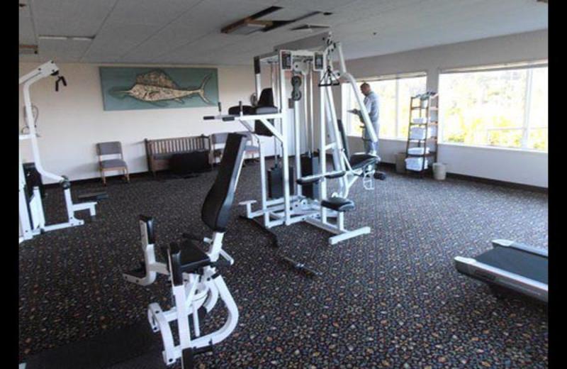 Hotel fitness at Surfrider Resort.