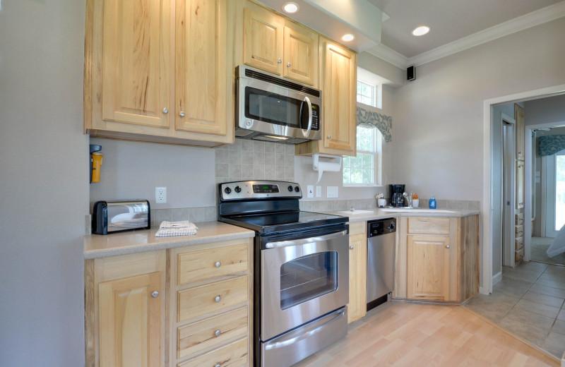 Cottage kitchen at Mill Creek Ranch Resort.