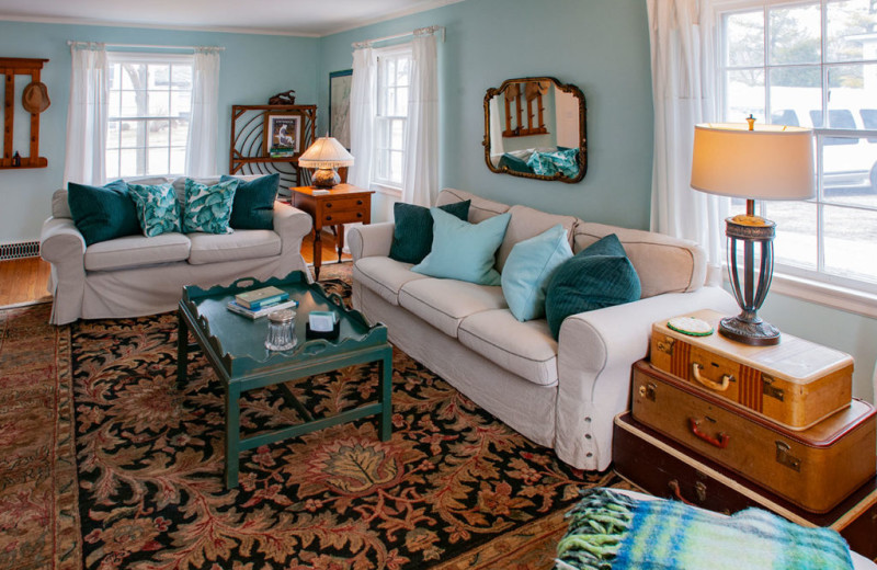Cottage living room at White Lace Inn.