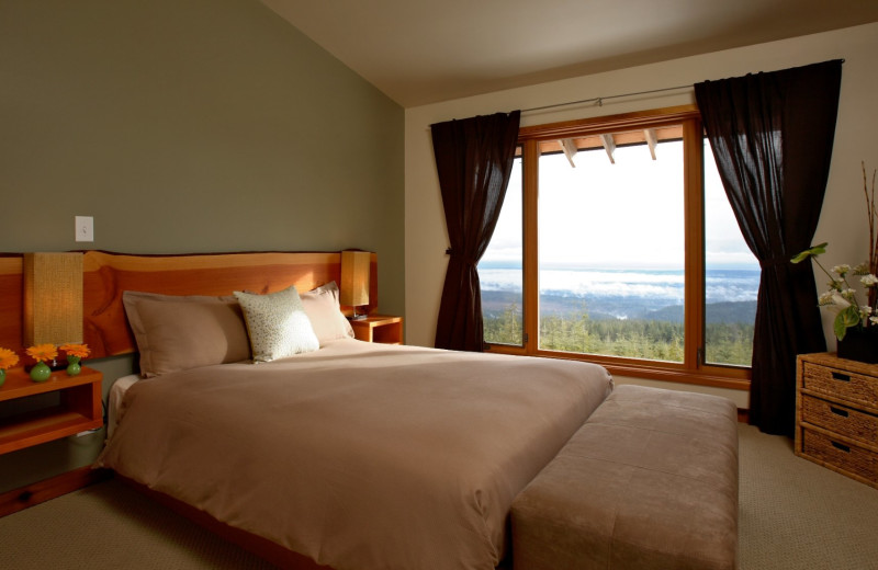 Guest room at Wood Mountain Lodge.