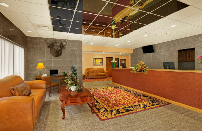 Lobby at Rushmore Express Inn & Family Suites.