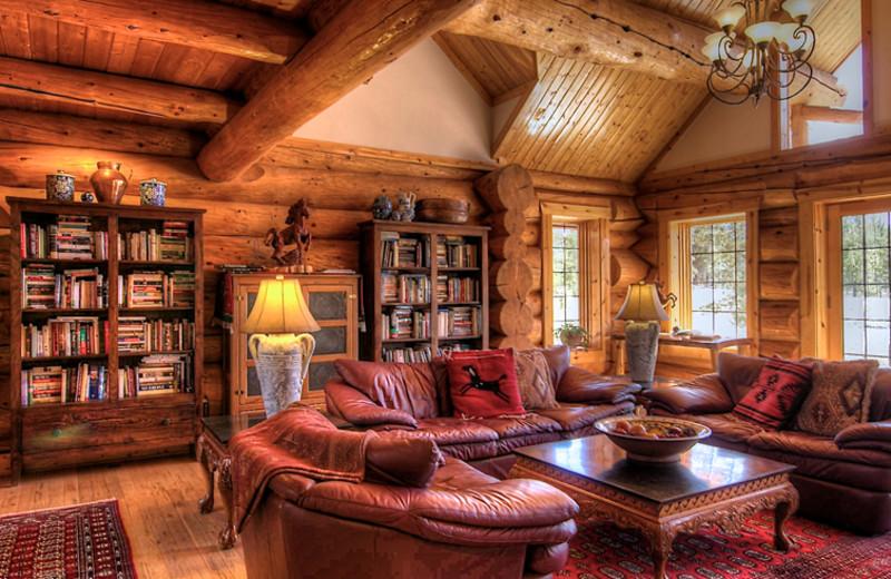 Living room at Wild Horse Inn.