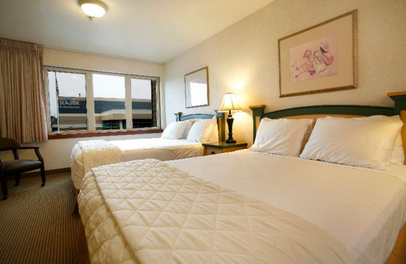 Two Bed Guest Rooms at Inn at Seaside