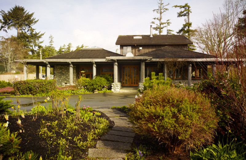 Exterior View of Pacific Sands Beach Resort