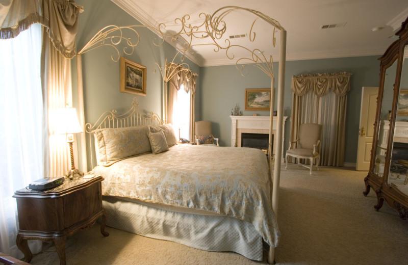 Guest room at Wildwood Inn.