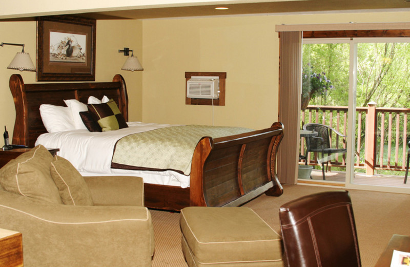 Guest room at The Duck Inn.