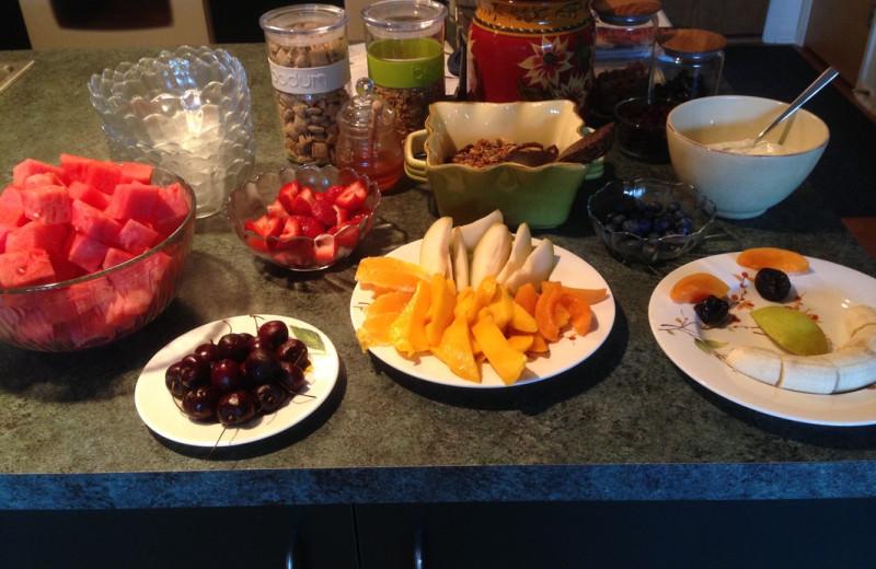 Breakfast at Artesian House.