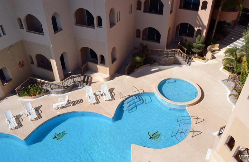 Outdoor pool at Sea of Cortez Premeire Vacation Club.