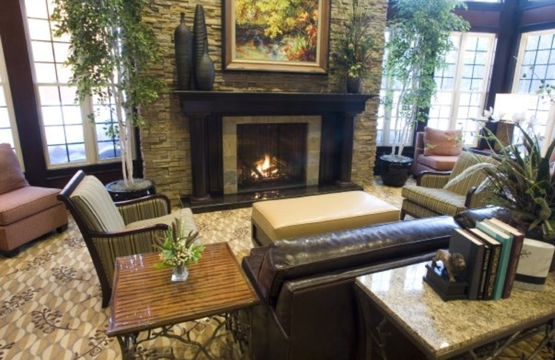 Hotel Lobby at Courtyard by Marriott Lake Placed