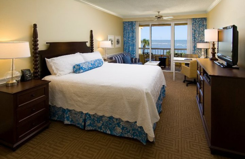 Oceanside guest room at The King and Prince Beach.