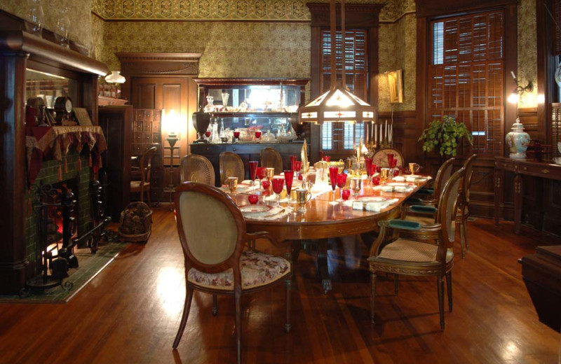 Dining table at Curry Mansion Inn.