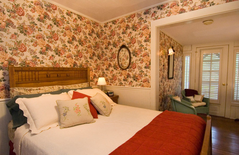 Guest room at Folkestone Inn B&B.