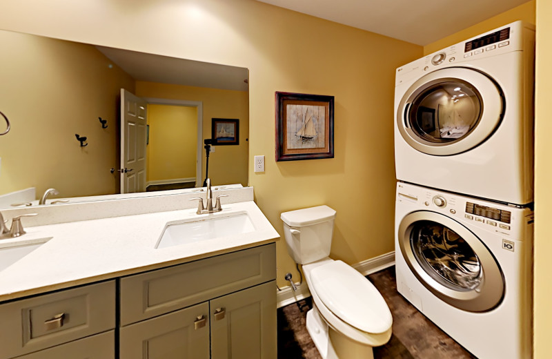 Put-in-Bay Waterfront Condos Bath with Laundry