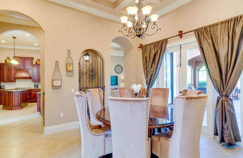 Rental dining room at Luxury Reunion Rentals.