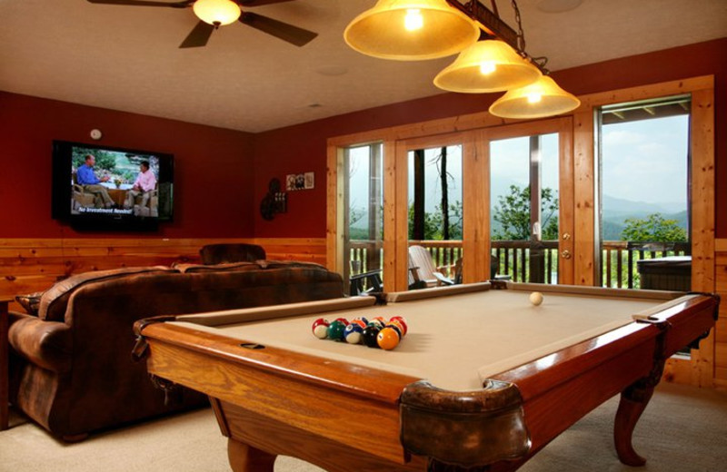 Rental billiards table at Jackson Mountain Homes.