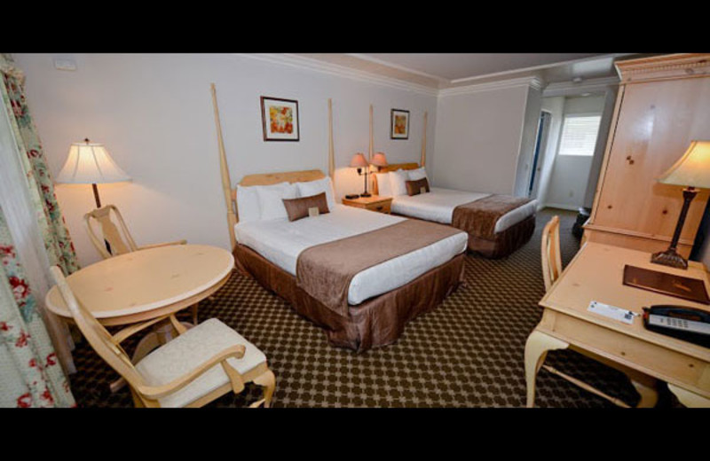 Guest room at Sea Otter Inn.