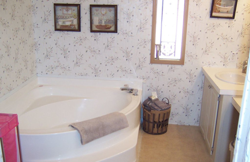 Bathroom at Sunset Cottage at Lake LBJ.