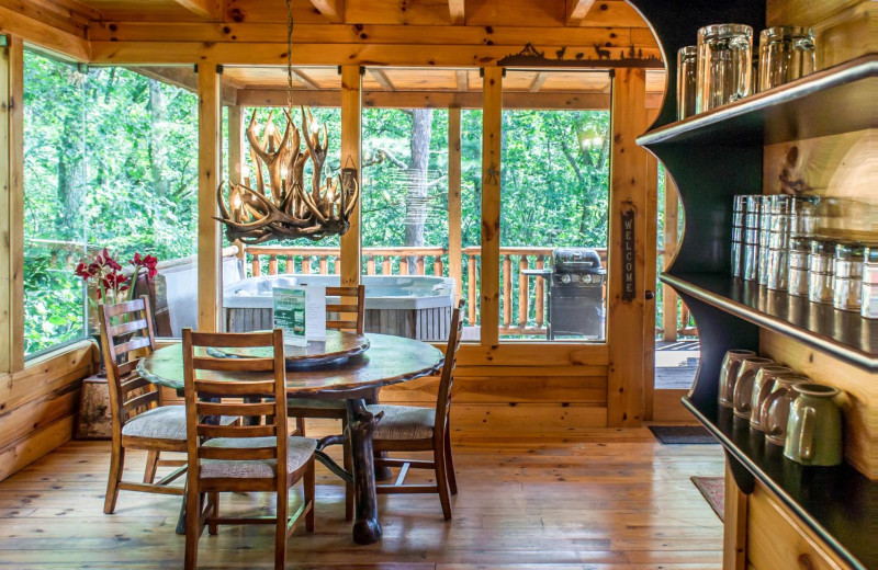 Rental dining room at Natural Retreats Great Smoky Mountains.