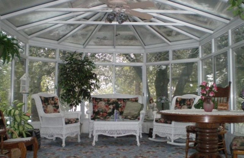 Sun room at Wedgewood Inn.