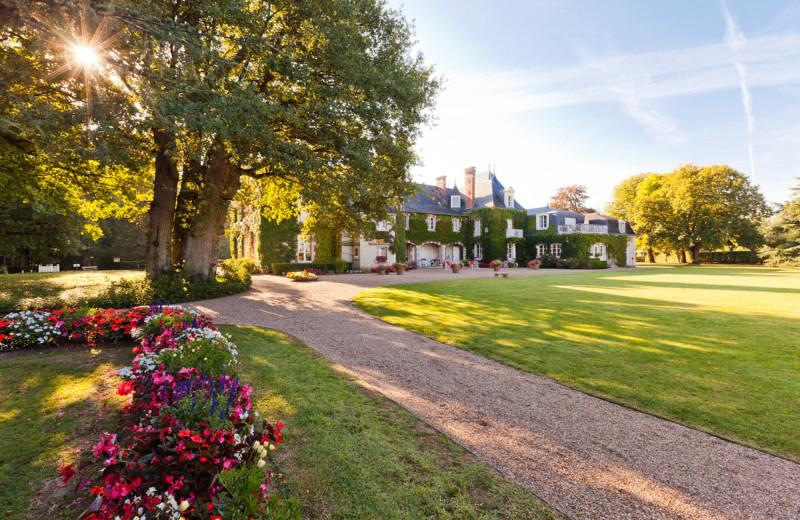 Exterior view of Domaine de Hauts de Loire.