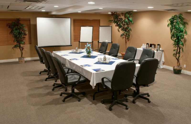 Meeting room at South Thompson Inn & Conference Centre.