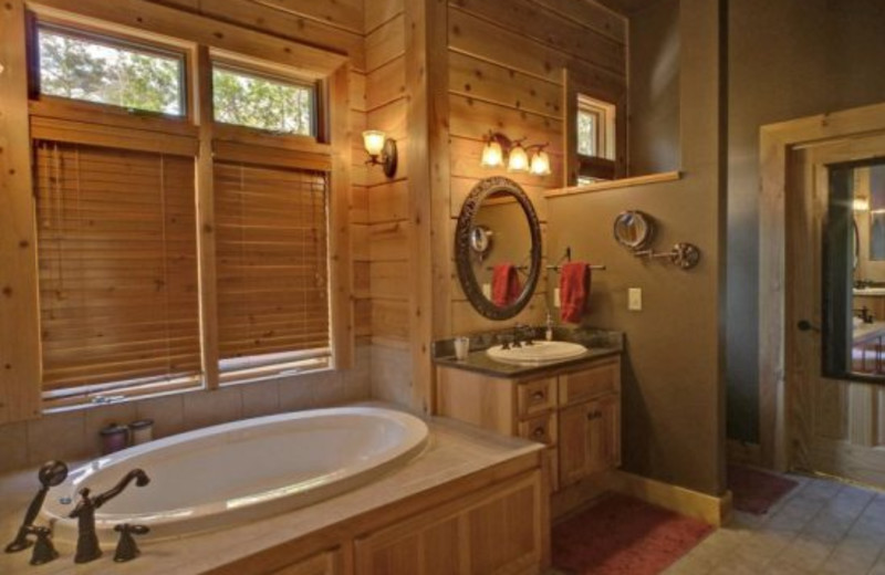Cabin bathroom at Georgia Mountain Cabin Rentals.