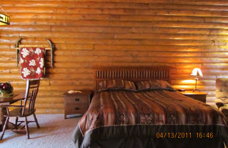 Cabin Bedroom at Cedar Lodge & Settlement