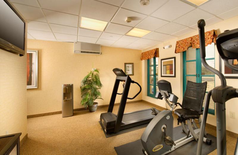 Fitness center at Holiday Inn Express San Antonio.