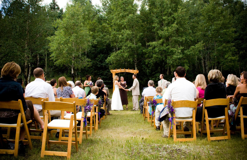 Wedding ceremony at Meadow Creek Lodge and Event Center.
