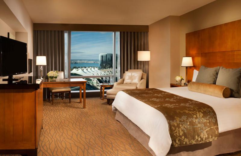 King premium room at Omni San Diego Hotel.