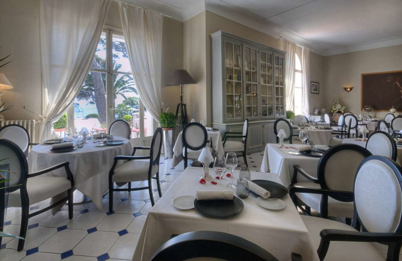 Dining at La Villa Mauresque.