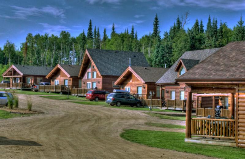 Cabin exterior View at Elk Ridge Resort.