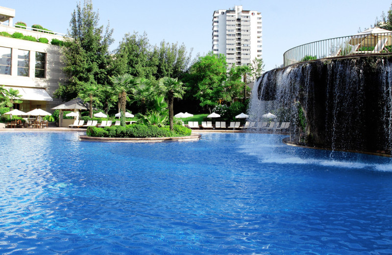 Outdoor pool at Hyatt Regency Santiago.