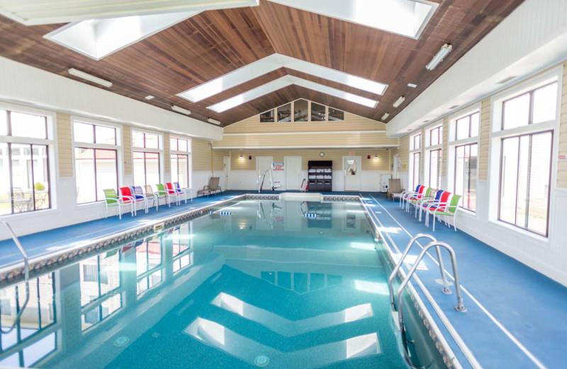 Indoor pool at Best Western White Mountain Inn.