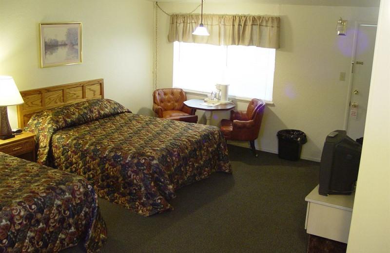 Guest room at Long Barn Lodge.