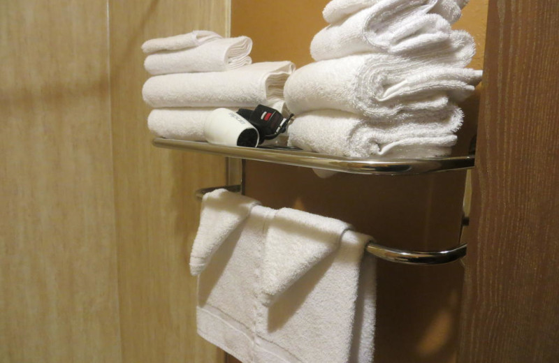 Towels at Old Town Inn.