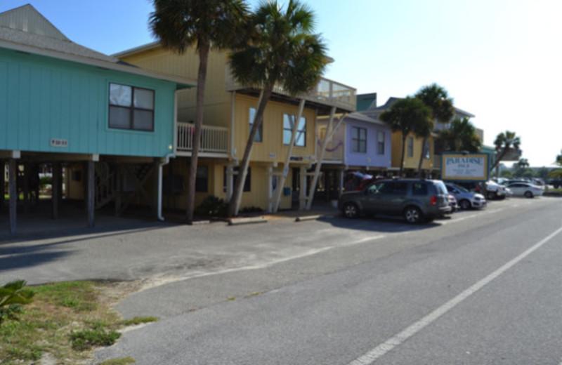 Exterior view of Paradise Isle Resort.