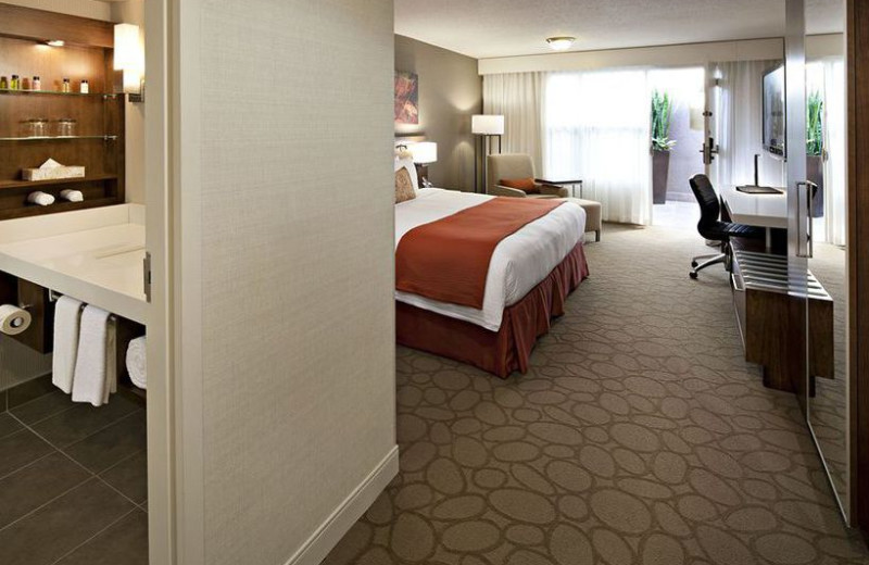 Guest room at Delta Calgary South.