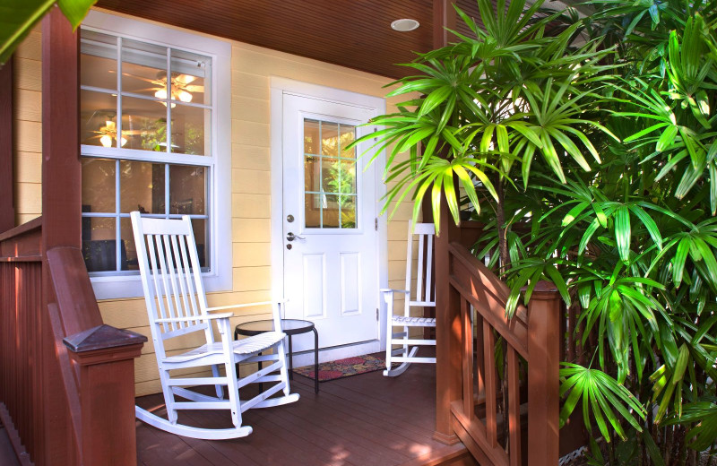 Exterior view of Travelers Palm Key West.