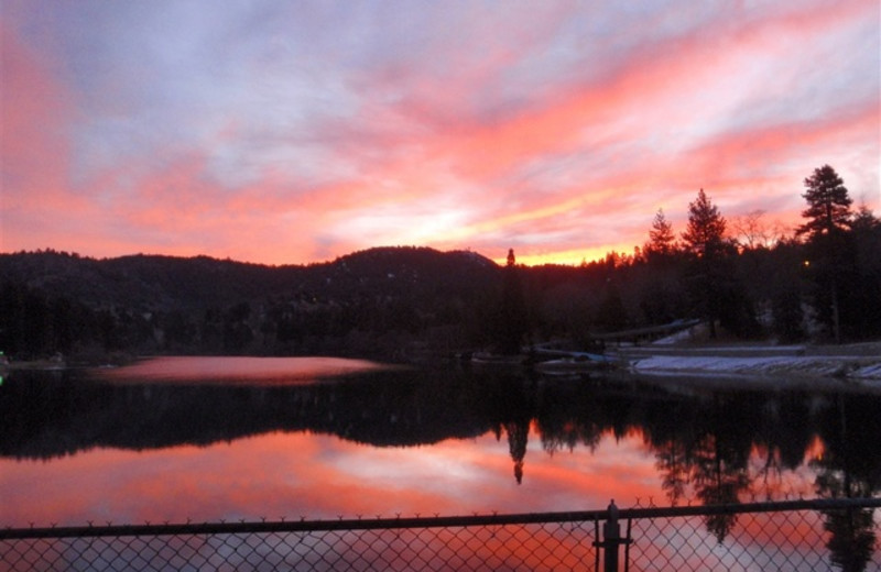 Beautiful Lake Views at Sleepy Hollow Cabins & Hotel