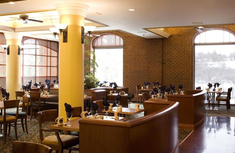 Dining at Delta Bessborough.