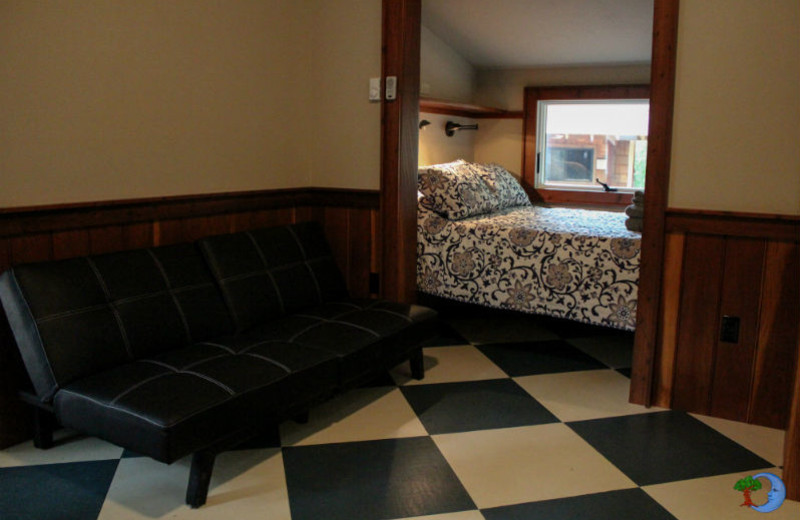 Guest bedroom at Blue Moon Rising.
