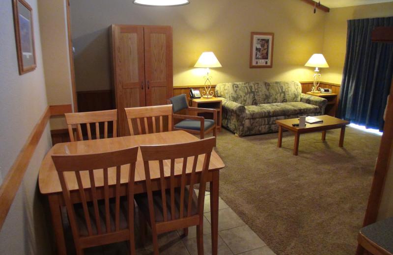 Guest room at Kavanaugh's Sylvan Lake Resort.
