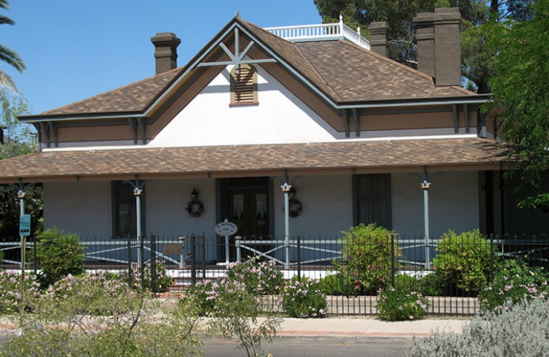 Exterior view of El Presidio Bed & Breakfast.