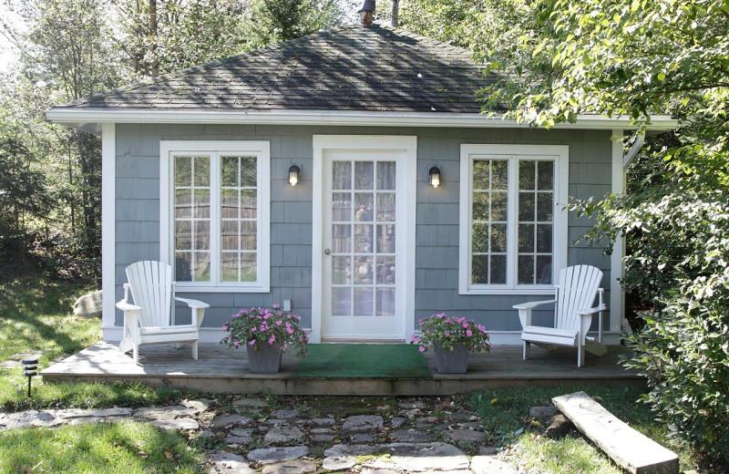 Studio exterior at GO-Cottage.