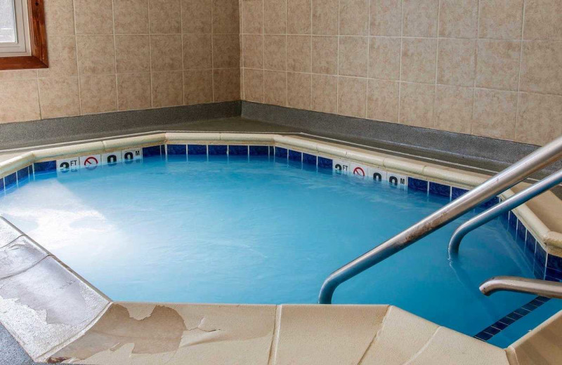 Hot tub at Comfort Suites Benton Harbor.